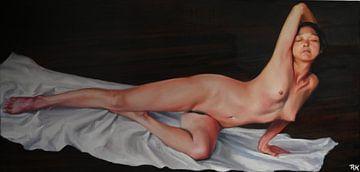 Femme nudiste couchée sur le dos sur KB Prints