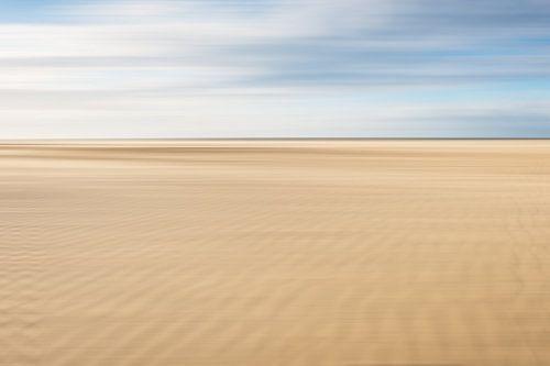 Zand ribbels op het strand bij Scheveningen