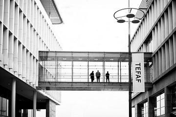 Männer in Schwarz - Mosea Forum Maastricht von Streets of Maastricht