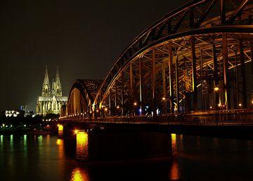 Köln bei Nacht van Gabi Siebenhühner