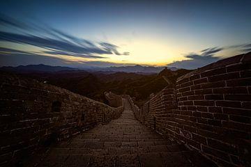 Coucher de soleil sur la muraille de Chine sur Michael Bollen
