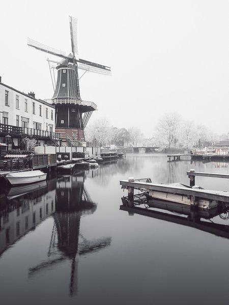 Haarlem: molen De Adriaan 2. van Olaf Kramer