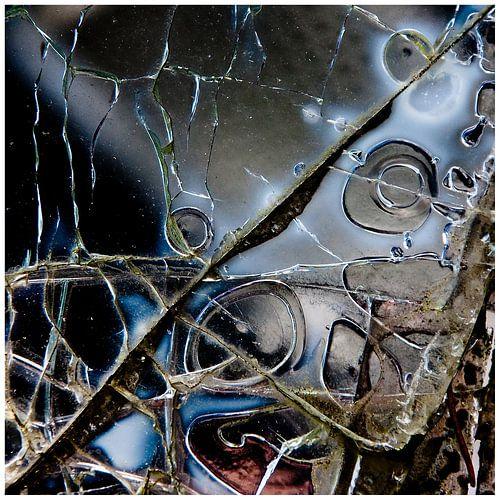 Broken Glass 1 van