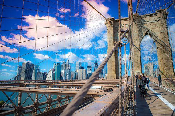 New York Skyline, Manhattan, Brooklyn Bridge van Maarten Egas Reparaz