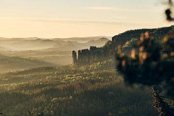 Die Affensteine im Morgenlicht von Tobias Reißbach