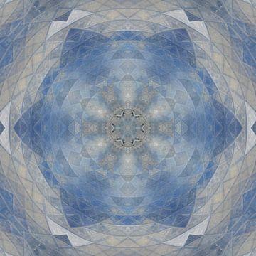 Abstract mandala in blauw beige en grijs van Maurice Dawson