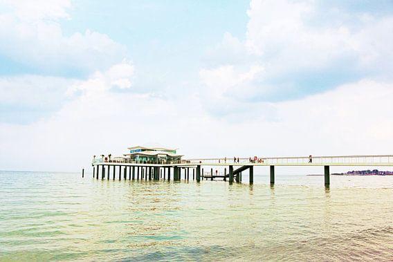 Timmendorfer Strand Seebrücke van Die Farbenfluesterin