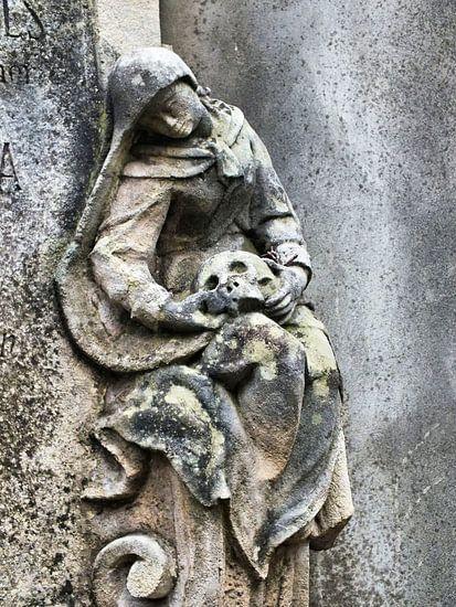 ...ein Land der Lebenden und ein Land der Toten... II von Ilona Picha-Höberth