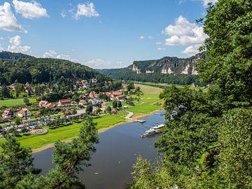 Uitzicht op de Elbe in het Elbezandsteengebergte van Animaflora PicsStock
