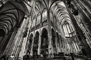 Innenraum Kölner Dom von Rob Boon