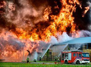 Brand met brandweer