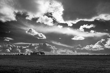 Mooie lucht boven het frieze land van Peter Bouwknegt