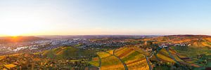 Vogelperspectief van Stuttgart met de grafkapel