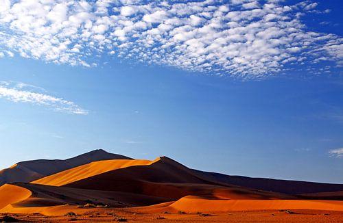 Wolken über der Namib-Wüste, Namibia