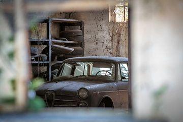 Verlassene Garage von Leo van Valkenburg