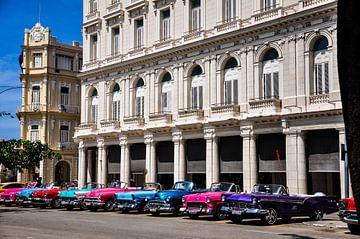 vintage autos in havanna kuba von Sabrina Varao Carreiro