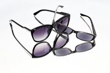 sunglasses van Hilda booy