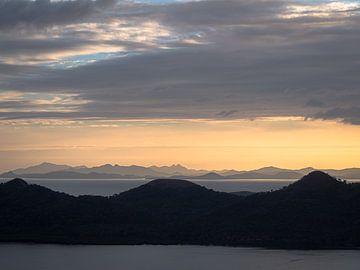 Philippinen - Palawan - Schichtenlandschaft auf Coron von Rik Pijnenburg