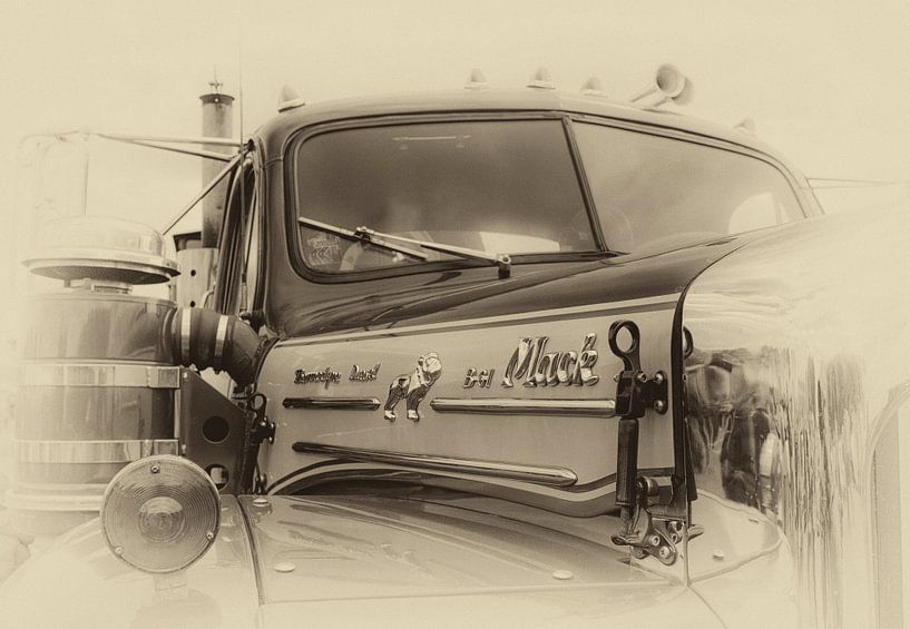 Mack Truck van Photobywim Willem Woudenberg