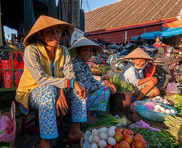 Vietnam: Marktkoopvrouw (Hội An) van Maarten Verhees
