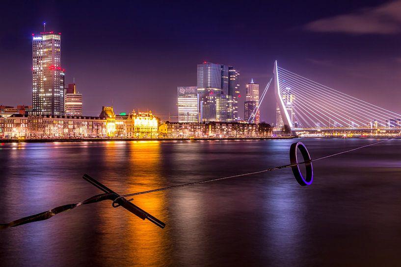 Rotterdam Skyline bij nacht van Stefan Fokkens