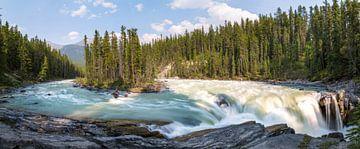 Panoramisch beeld van Sunwapta Falls van Emile Kaihatu