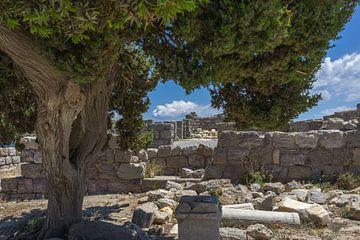 Ruïne op het strand van Agios Stefanos op Kos van Arisca van 't Hof