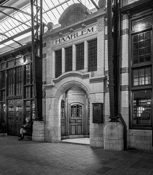 Haarlem: Station Restaurant entree 1 von Olaf Kramer