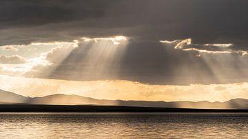 Regen en zonnestralen van Jeroen Kleiberg