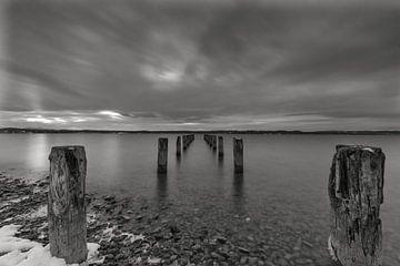 Lac Starnberg noir et blanc sur Teresa Bauer