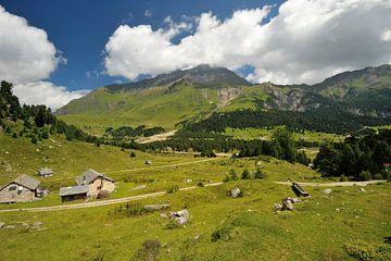Blenio Vallei in Ticino, Alpen von Peter Apers