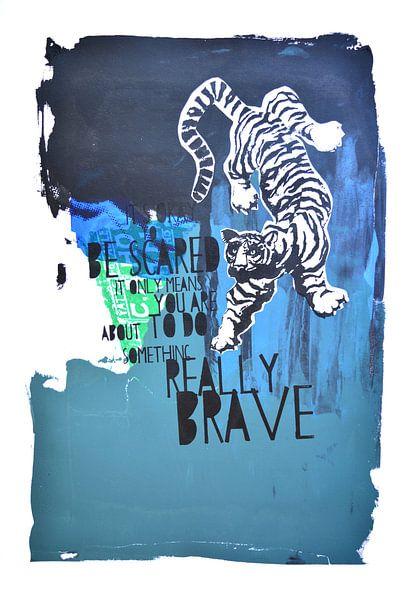 Brave blue tiger van Inge Buddingh
