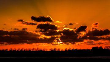 Zonsondergang in Nederland (Zeeland) sur Elly Damen