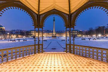 Paleisplein met het nieuwe paleis in Stuttgart in de winter van