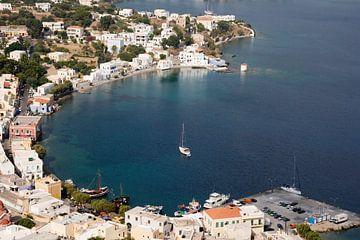 Voor Anker in een Baai in Griekenland,  Dodekanesos  van