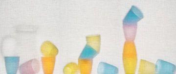 Gekleurde bekers van René Glas