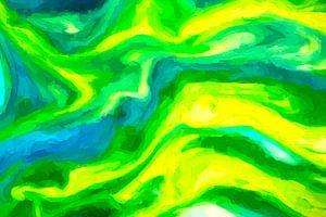 Gele algen door een blauwe zee, verlicht door de felle zon.