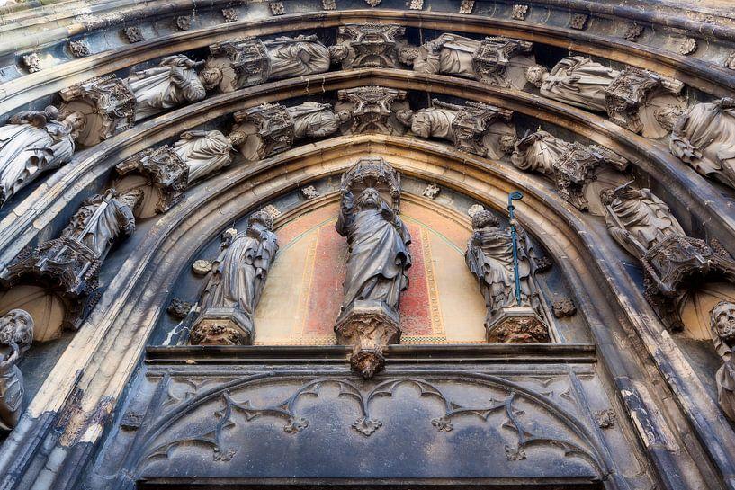 Entree Basiliek Sint Servaas in Maastricht van Evert Jan Luchies
