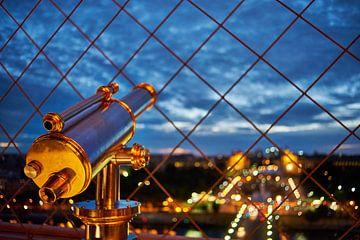 Verrekijker op de Eiffeltoren van Michael Echteld