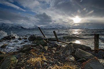 Stormy weather between Langøya en Hinnøya sur Eddie Smit