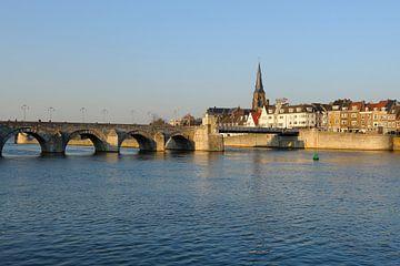 Sint Servaasbrug en Wyck op de Oostelijke Maasoever in Maastricht von Merijn van der Vliet