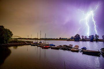 Blitzbesuch am Oosterbeeker Rheinufer Nr.2 von Sébastiaan Stevens