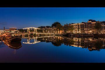 Amstel spiegel blauwe uur 2