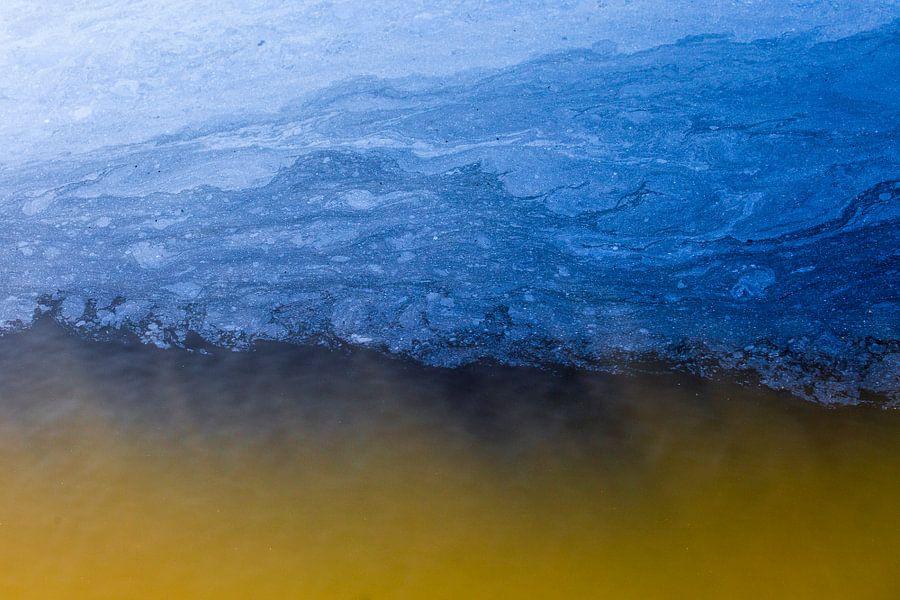 Wonderen in de sloot, Wolken boven een heidebrand. Terheijden, Terheijdense Binnenpolder, Noord-Brab van Ad Huijben