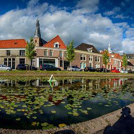 Oude gracht Weesp panorama waterlelies van Joris van Kesteren