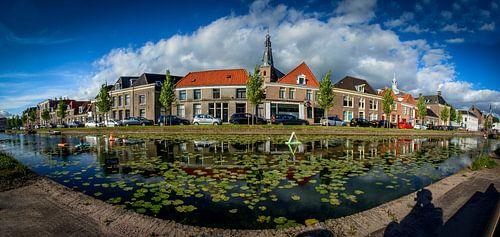 Oude gracht Weesp panorama waterlelies van