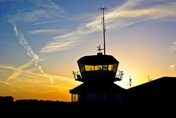 luchthaven tower van Norbert Sülzner