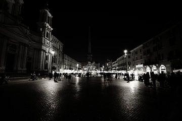 Piazza Navona (Rome) bij nacht van Mark de Vries