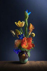 Blumenstillleben Orange Sonne von Sandra Hazes