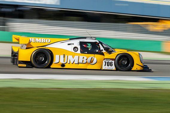 De LMP3 raceauto van Jumbo